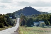 Haystack Mountain from Haystack Road in Castle Hill (2001)