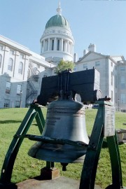 State House in Augusta with Reproduction of the Liberty Bell (2001)