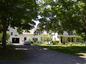 Edwin Arlington Robinson House, Dennis Street in Gardiner (2003)