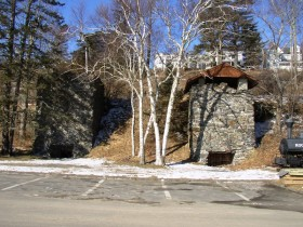 19th Century lime kilns in Rockport (2007)