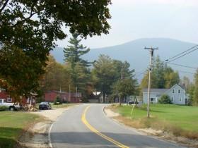 Route 17 in Roxbury Village (2007)