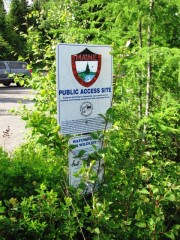 "Sign: ""Public Access Site"" near the River"