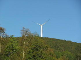 Record Hill Wind Farm in Roxbury (2011)