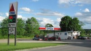 Convenience Store and Gas Station (2012)