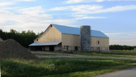 Amish Barn and Silo in Sherman (2012)