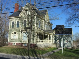 Cotton-Smith House on High Street in Fairfield (2013)