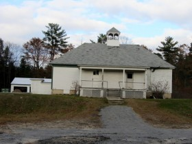 Apparent old schoolhouse in Livermore , on Church Road (Route 108)
