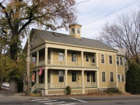 The Traip House, c. 1839, in Kittery (2013)