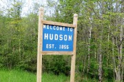 "sign: ""Welcome to Hudson"""