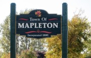 "Sign: ""Town of Mapleton"" (2014)"