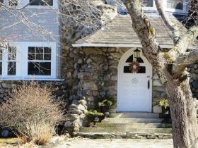 Ingraham Cottage (2015)
