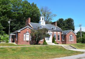 Maine Publicity Bureau Building (2016)