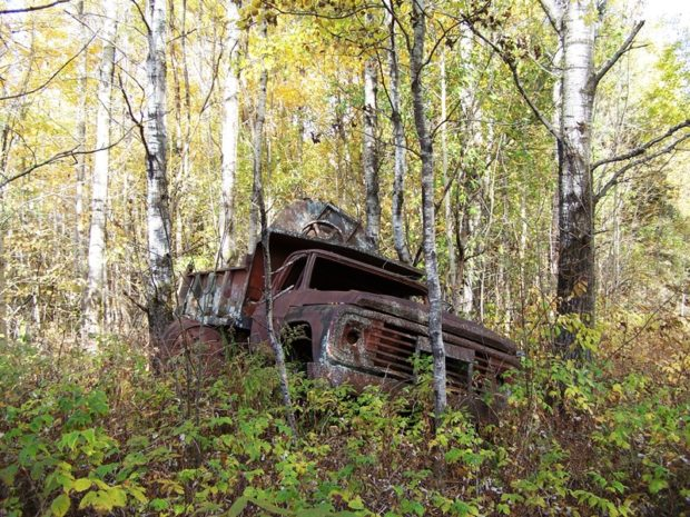 Abandoned Dump Truck beyond the current end of the Scudder Road in Sherman (2016)