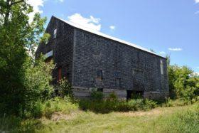 The Large Barn, granite foundation (2017)