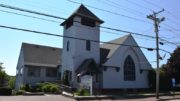 First Parish Congregational Church, 1895 Shingle style (2017)