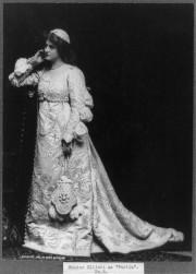 Elliott Posing a Portia, c. 1901