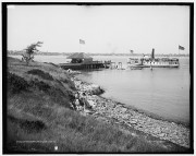 Steamboat at Cushing Landing in Portland (Library of Congress)