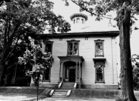 Low-McEvoy House (1973)