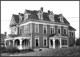Samuel Campbell House (1981)