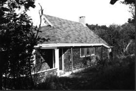 Kent Cottage and Pond Studio (1991)