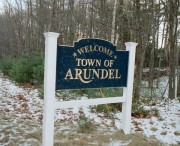 "Sign: ""Welcome, Town of Arundel"" (2003)"