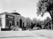 Walker Art Museum (1937)