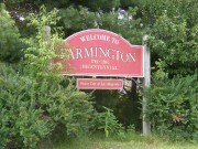 "sign: ""Welcome to Farmington, 1774-1994, Bicentennial"" (2003)"