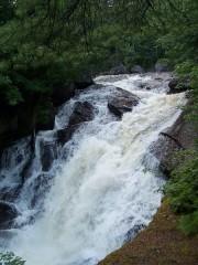 Holeb Falls (2006)