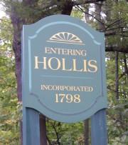 Sign: Entering Hollis (2003)