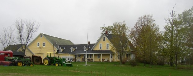 Large Working Farm (2005)