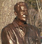 Photo: Sculpture of L.L. Bean in Freeport, 2001