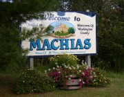 Sign: Welcome to Machias (2004)