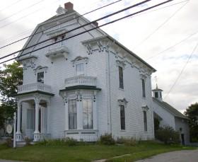 Clark Perry House (2004)