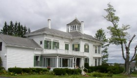 Large House on U.S. Route 1 (2004)