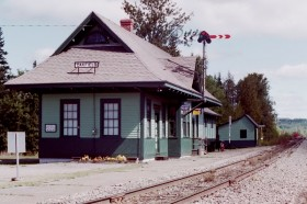 Oakfield Station (2001)