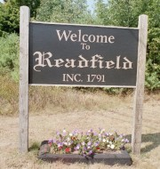 Sign: Welcome to Readfield (2002)