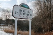 Sign: Welcome to South Berwick (2002)