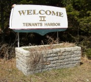 Sign: Welcome to Tenants Harbor (2005)