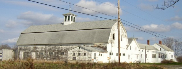 Classic Barn in Troy (2006)