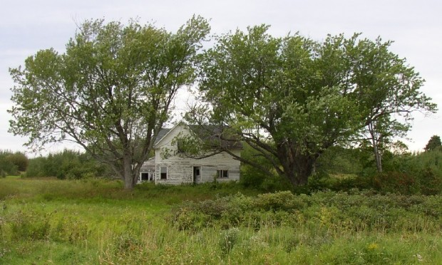 Abandoned Farmhouse in Westfield (2003)