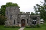 Mann Memorial Library (2003)